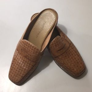 Trotters Tan Woven Leather Loafer - Mules